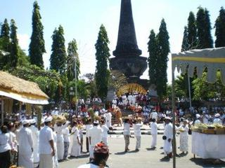 バリ島の歴史-あれから100年-