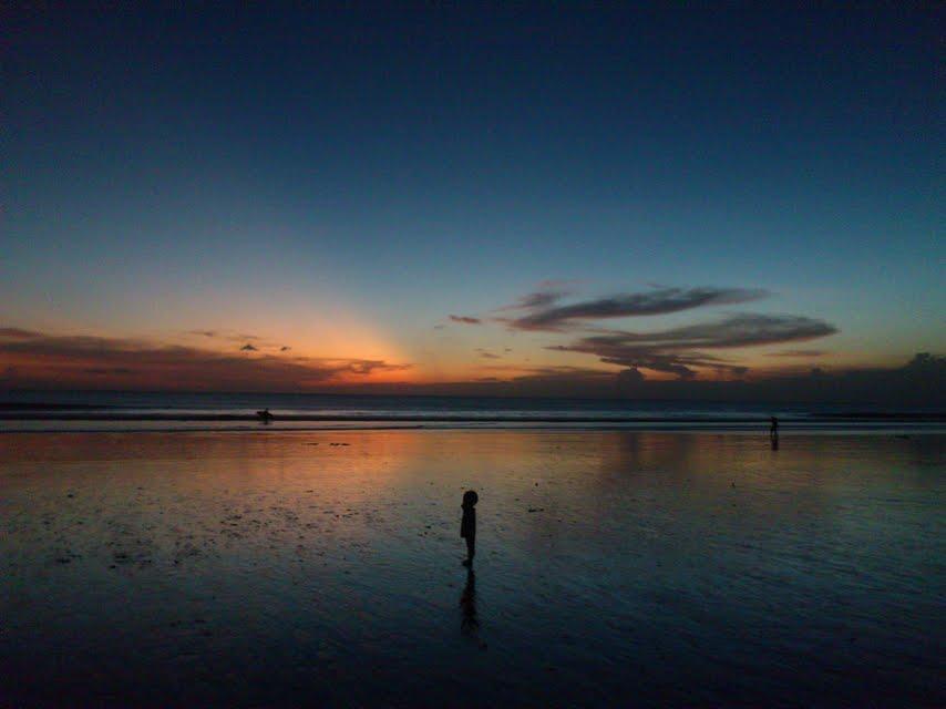 バリ島、クタ周辺の波情報&サンセット情報
