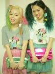 韓国ファッションi-SOOK撮影 舌出し CocoとMaya セクシー カメラ目線 モデル 高画質エロかわいい画像