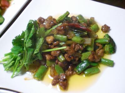 豚挽肉とインゲンの炒め物
