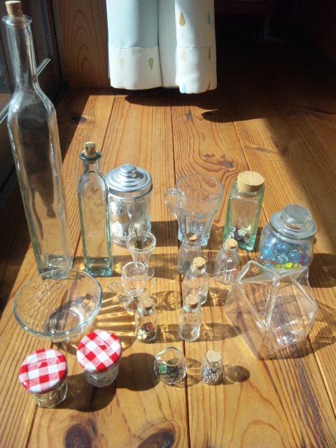 ガラス小物いっぱい