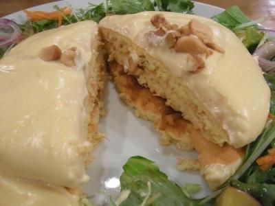パンケーキママカフェVoiVoi(4種のチーズフォンデュ・パンケーキカット)