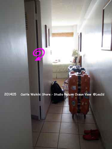 2014年5月 Castle Waikiki Shore(Studio Deluxe Ocean View - with Kitchenette)キャッスルワイキキショア スタジオデラックスオーシャンビュー キチネット付きのバスルーム