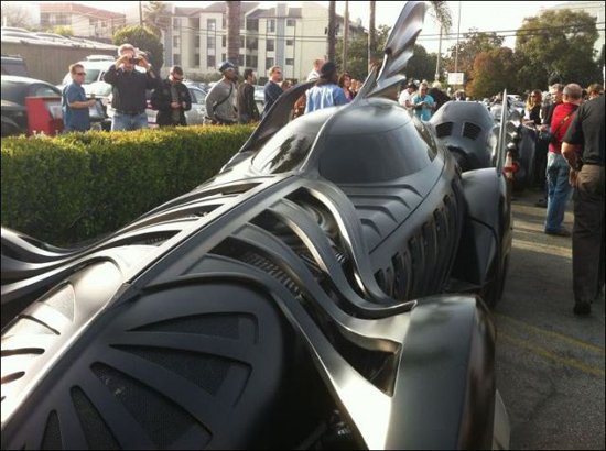 all_the_batmobiles_in_one_place_7_pics-3.jpg