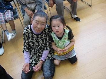 おばあちゃんと一緒です♪