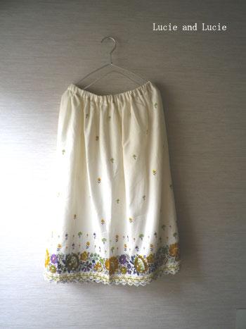 シャーベットカラーのギャザースカート3
