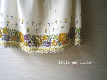 シャーベットカラーのギャザースカート4