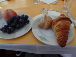 ホテルレスクリアル(L ESCURIAL)の朝食バイキング