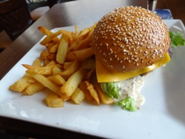 チーズハンバーガー