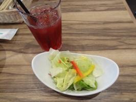 サラダとドリンク