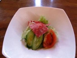 ロコモコランチのサラダ