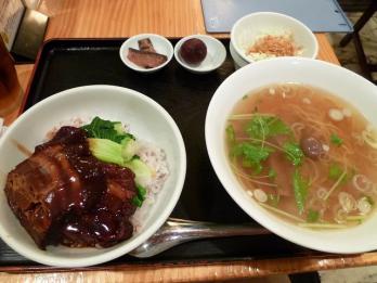 東坡肉定食