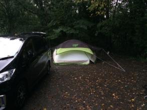 雨の日のケシュアテント