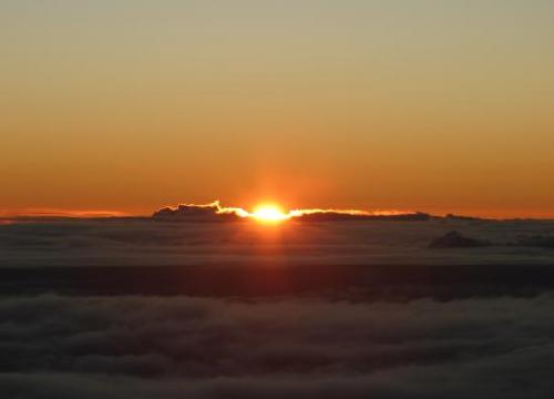 sunrise-on-mauna-kea_convert_20111230081250.jpg