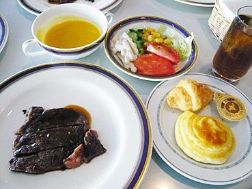 ケッヘル取った料理2.jpg