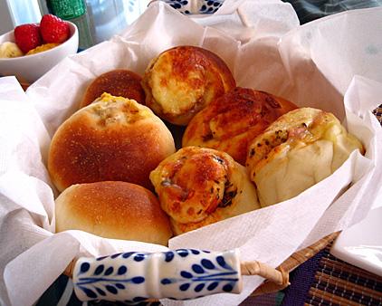 惣菜パン色々.jpg
