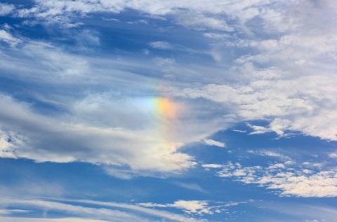 141008 輝く雲