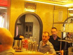 Cafe-des-2-Moulin25.jpg