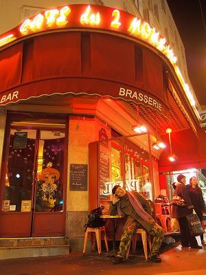 Cafe-des-2-Moulin6.jpg