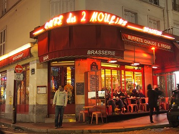 Cafe-des-2-Moulin7.jpg