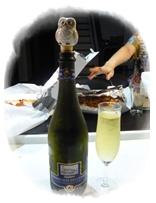 イタリアワインとフクロウの栓抜き