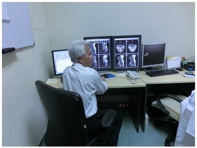 MRI読み取り部屋