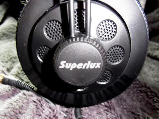 superlux_hd668b_002.jpg