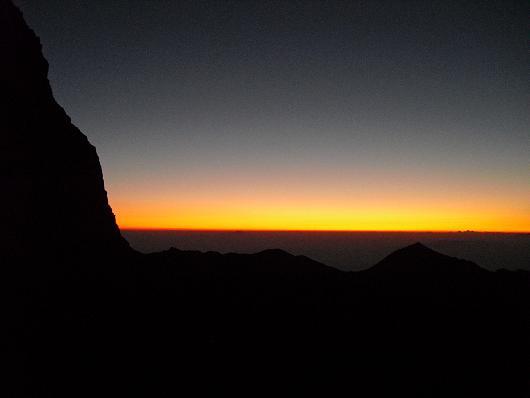 1 槍ケ岳山荘からの日の出