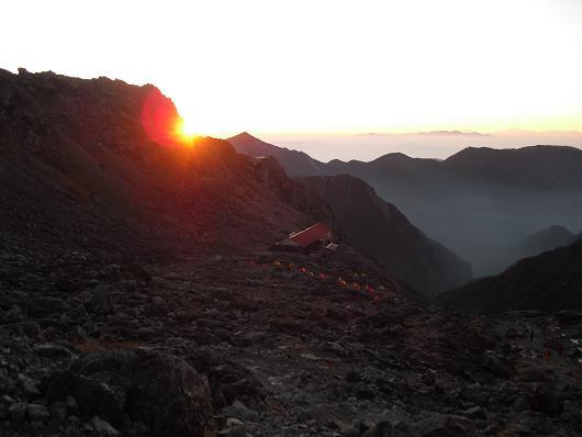 6 常念岳からの日の出