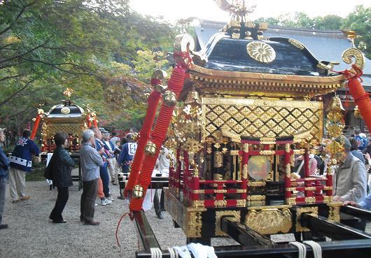 4 龍田大社・神輿