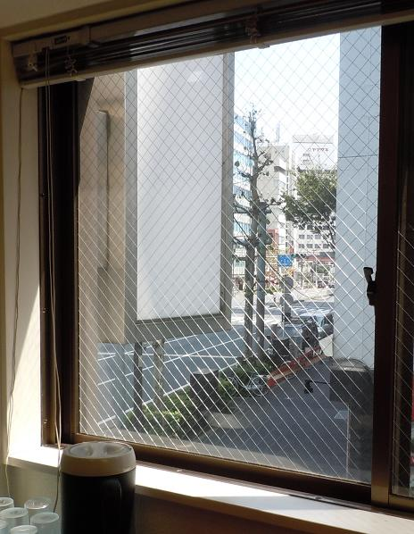 r2011100201.jpg