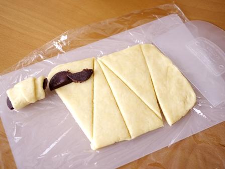 ホットケーキミックスで簡単チョコっとクロワッサン05