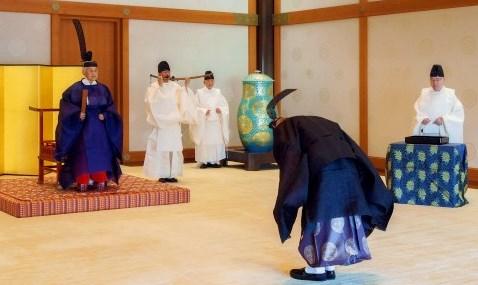 伊勢神宮への使者の派遣の儀式=皇居・宮殿「竹の間」13年9月30日