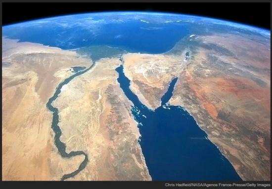 宇宙から見た地球-ISS船長が撮影30