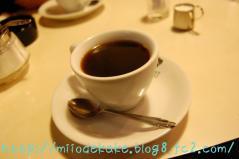 ボンネットのコーヒー
