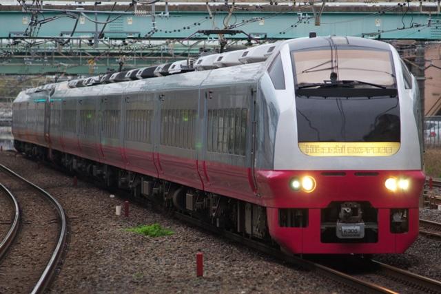 120421-JR-E-E265-Fresh-hitachi2-2.jpg