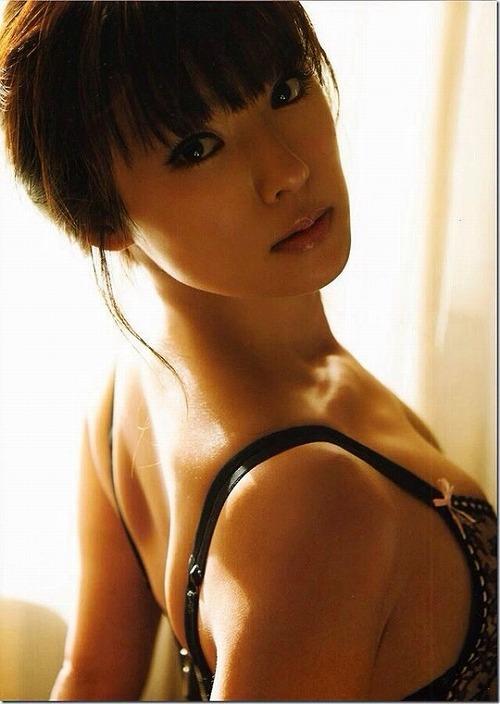 深田恭子水着おっぱい画像4a10
