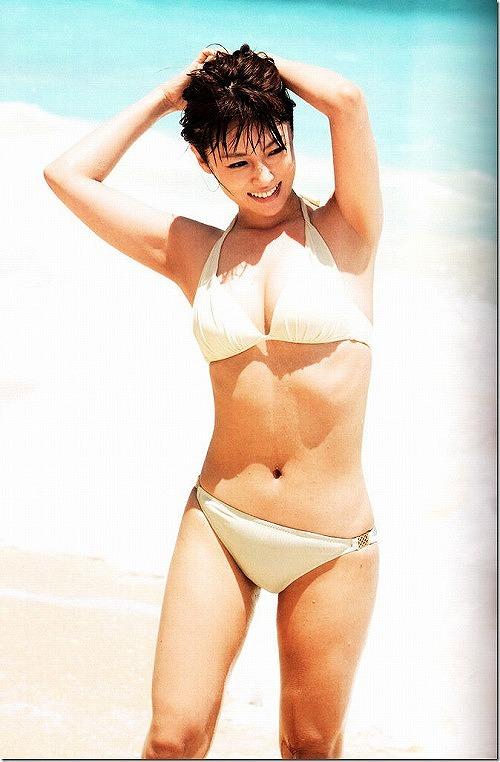 深田恭子水着おっぱい画像4a37