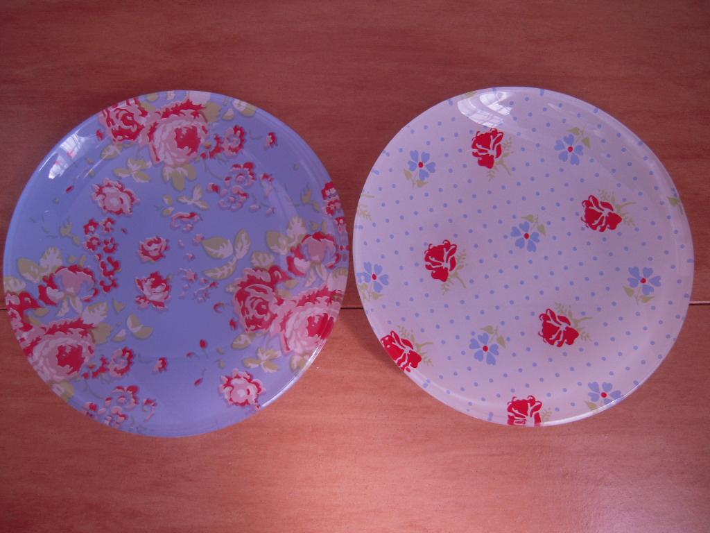 シルクの花柄ガラス皿(丸皿)☆ 1