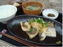 魚の唐揚定食