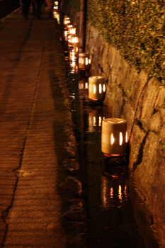 陶器の灯篭