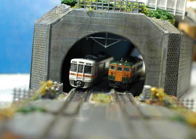 トンネルカント_R