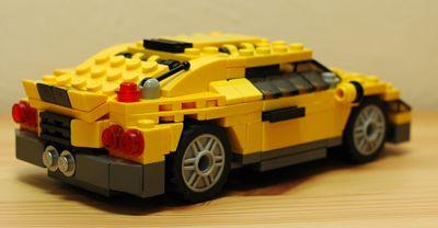 LEGO スポーツカー後ろ_R