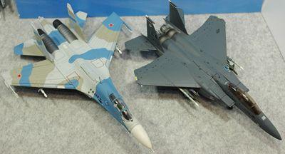 比較 F-15EvsSu-27トップ_R