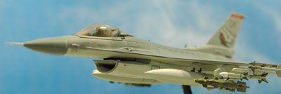 F-16 OK左前飛行_R