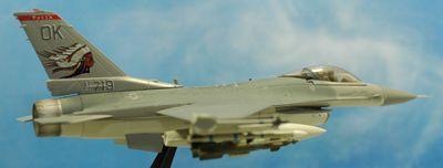 F-16 OK右側面_R