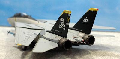 5 F-14 VF-103_R