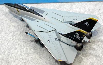 8 F-14 VF-103_R