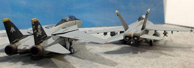 16 F-14 VF-103_R