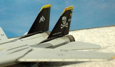14 F-14 VF-103_R